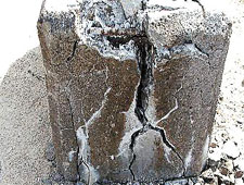 cracked mass concrete